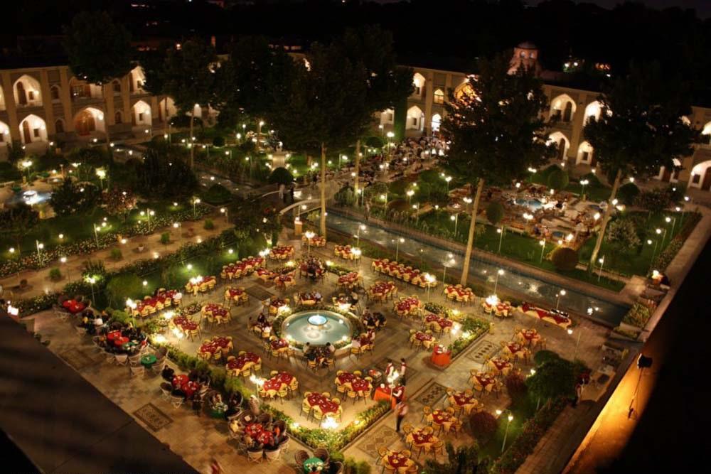 001 3 - هتل شاه عباسی اصفهان ، زیباترین هتل خاورمیانه | Isfahan