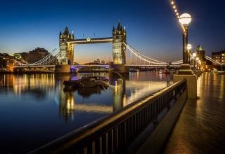 Alaedin Travel Agency Atractions London Bridge 3 1 320x220 - جاهای دیدنی لندن ، پایتخت انگلستان | London