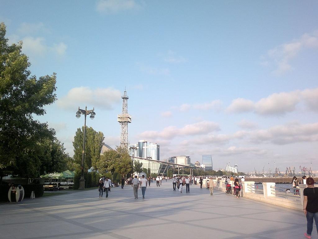 نبایدها در کشور آذربایجان