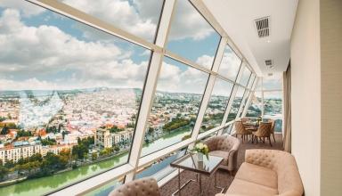 103297942 384x220 - هتل بیلتمور تفلیس ، تجربه ای از یک هتل لوکس | Tbilisi