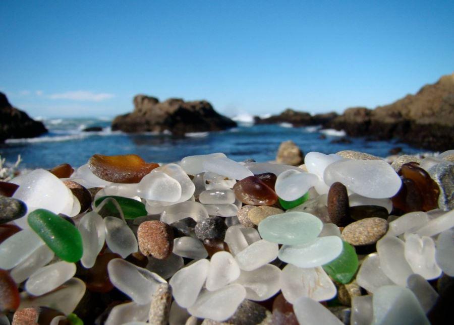 ساحل شیشه ای کالیفرنیا