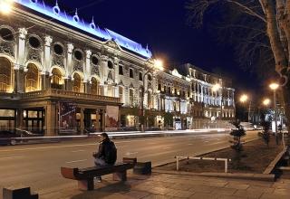 Rustaveli theatre 320x220 - تئاتر روستاولی تفلیس ، گرجستان | Tbilisi