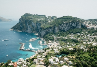 capricityguide 320x220 - جزیره کاپری در ایتالیا و جاذبه های آن | Capri