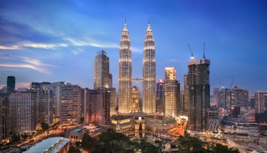 ccimage shutterstock 571221049 384x220 - جاهای دیدنی کوالالامپور ، مالزی | Kuala Lumpur