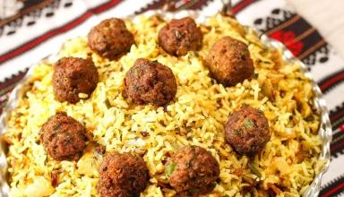 food kalampoloshirazi 384x220 - کلم پلو شیرازی ، غذای محبوب شیرازی ها