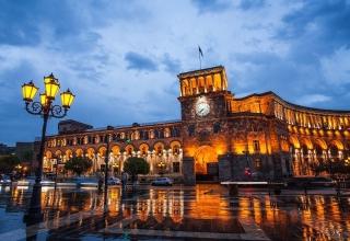 1f97ace4e7530fa60f11ae4c6780d79c 320x220 - میدان جمهوری ایروان ، ارمنستان | Yerevan