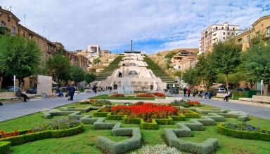 Yerevan Kaskad Armenia 1418053835211 384x220 - کاسکاد ، موزه و پلکان معروف ارمنستان | Yerevan