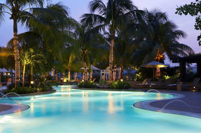 تفاوت هتل all و uall چیست؟