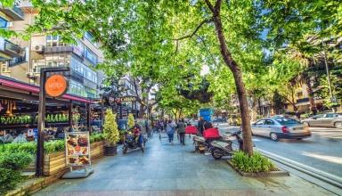 2018 10 30@10 18 04 123 shutterstock 1162614742 384x220 - بهترین مکان ها برای خرید کردن در استانبول ، ترکیه (قسمت اول) | Istanbul