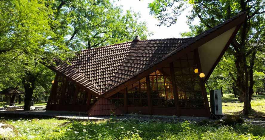 هتل جنگلی چالدره