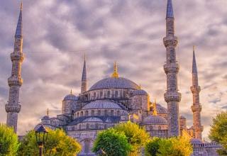 Blue Mosque in Istanbul 320x220 - تاریخچه مسجد آبی استانبول (سلطان احمد) ، ترکیه | Istanbul