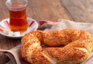 bakery e1520181707466 1 320x220 - بهترین غذاهای خیابانی استانبول ، ترکیه | Istanbul