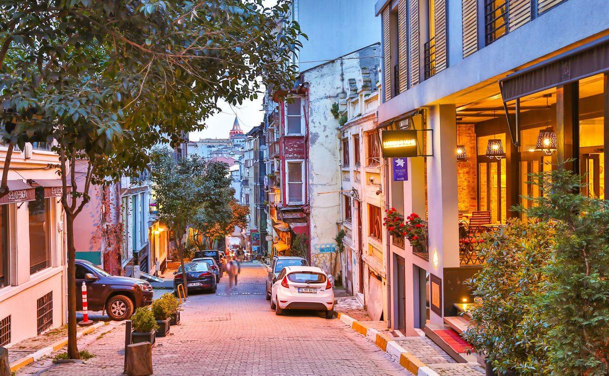 cukurcuma t50 - محله چوکور جوما استانبول ، ترکیه | Istanbul
