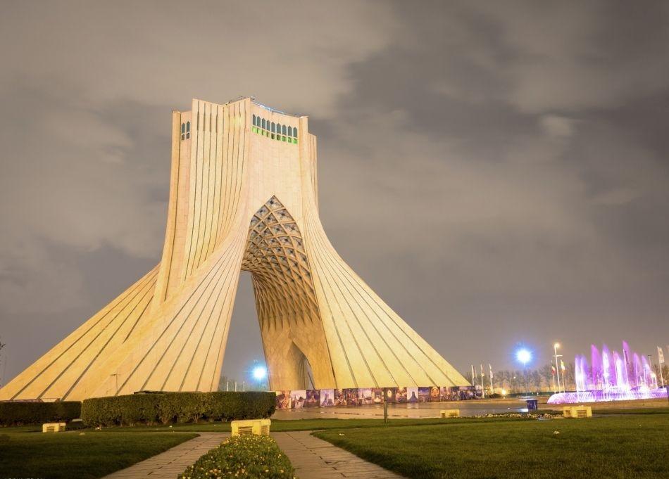 2Hn1PsipyaA8cw36 1541847605188 - آشنایی با برج آزادی تهران   Tehran