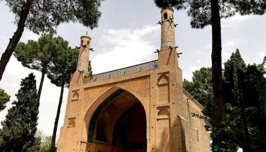 2e8bf177 e67b 48be 8652 f3dd7fca1314 384x220 - منار جنبان اصفهان ، اثری ارزشمند در معماری اسلامی | Isfahan
