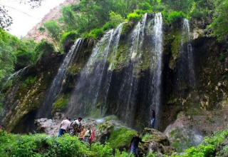 5601 320x220 - دره اخلمد مشهد ، طبیعتی بکر و زیبا | Mashhad
