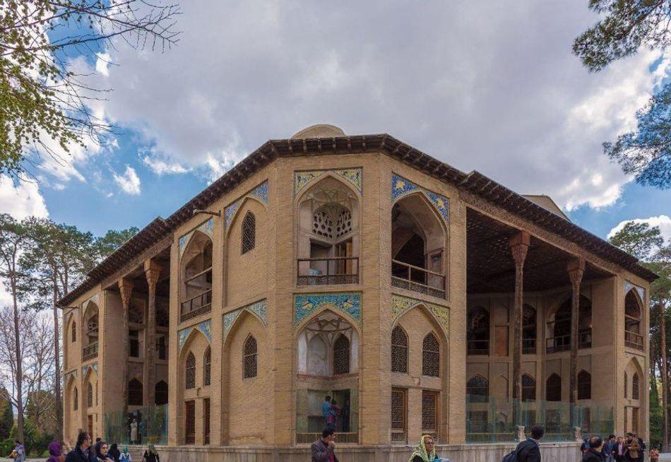 عمارت هشت بهشت اصفهان