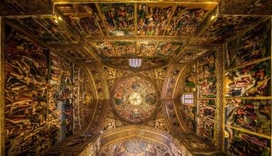 jt3Wxn0bksUhsnT3 1550410875781 384x220 - کلیسای وانک اصفهان | Isfahan