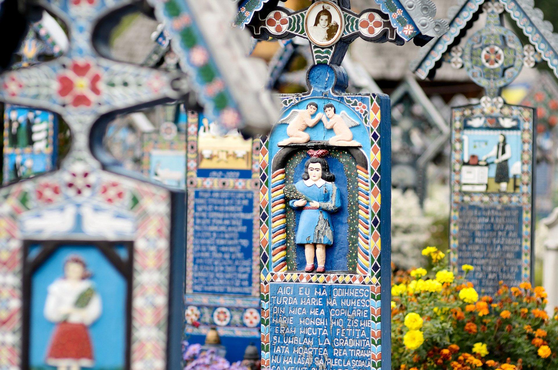 قبرستان مری