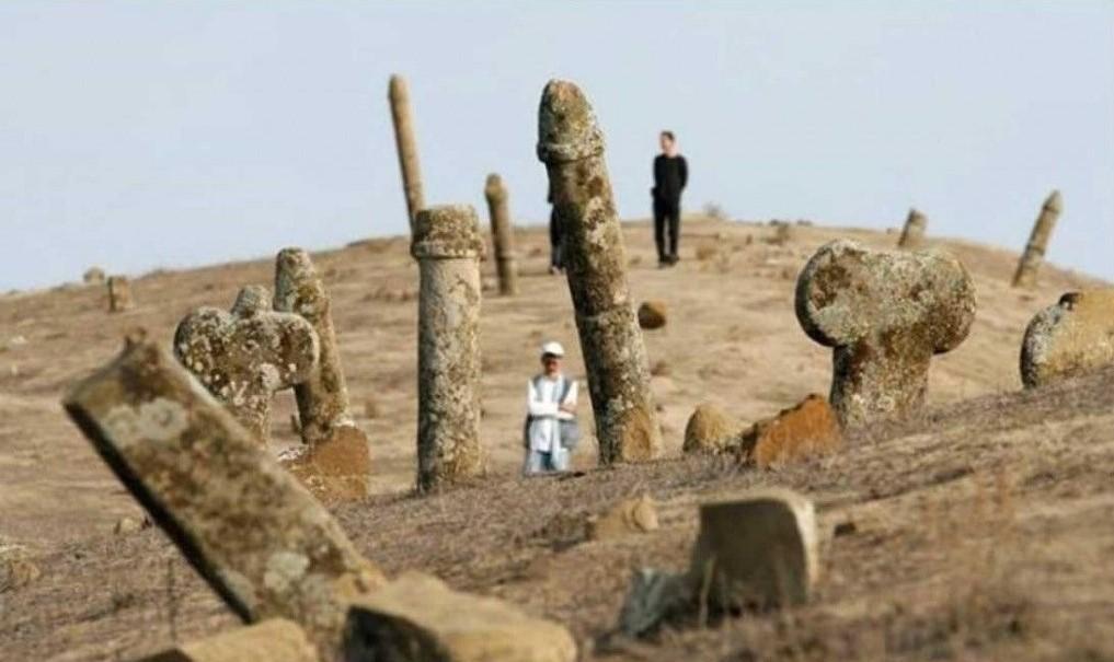 قبرستان تاریخی پینه شلوار تبریز