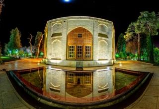 6 320x220 - باغ و عمارت جهان نما | شیراز