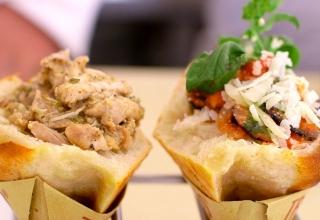 EAT CUL 002 Trapizzino Thumb OY 320x220 - بهترین غذاهای خیابانی را در این نقاط رم تجربه کنید! | Rome