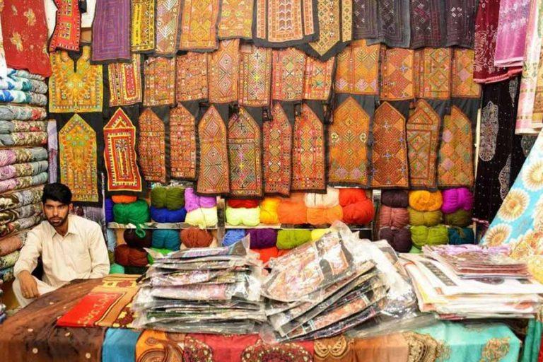 خرید از چابهار 1080x656 1 768x512 - دیدنی های چابهار ، نگین سیستان و بلوچستان | Chabahar