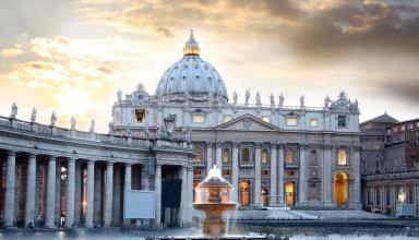 40b2dc4a b288 4771 b196 679e9a151794 384x220 - کلیسای سنت پیتر رم ، ایتالیا | Rome