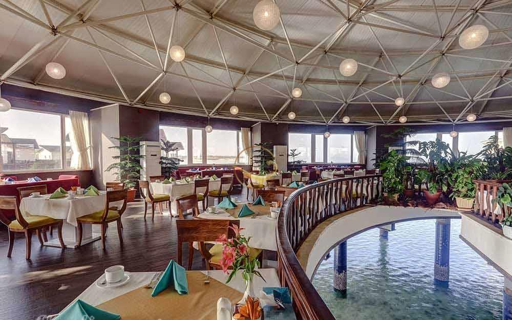 Alaedin Travel Agency Kish Toranj Hotel Breakfast Lounge 1 e1562842272927 - بهترین هتل های کیش از نظر مسافران | Kish