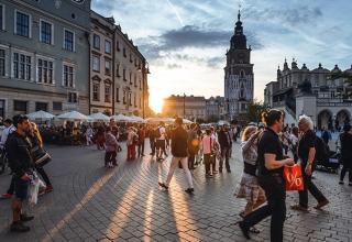 best places to visit in Europe krakow 320x220 - اشتباهات بزرگی که در خرید تور اروپا نباید مرتکب شوید | Europe