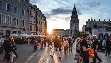 best places to visit in Europe krakow 384x220 - اشتباهات بزرگی که در خرید تور اروپا نباید مرتکب شوید | Europe