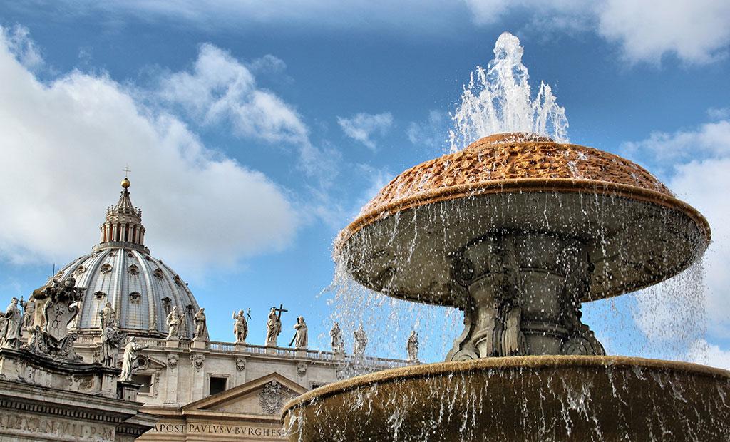 stpeter fountain3 - میدان سنت پیتر رم ، ایتالیا | Rome