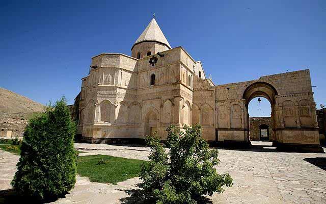 4RT - قره کلیسا ، اولین کلیسای جهان در آذربایجان غربی | St. Thaddeus Monastery