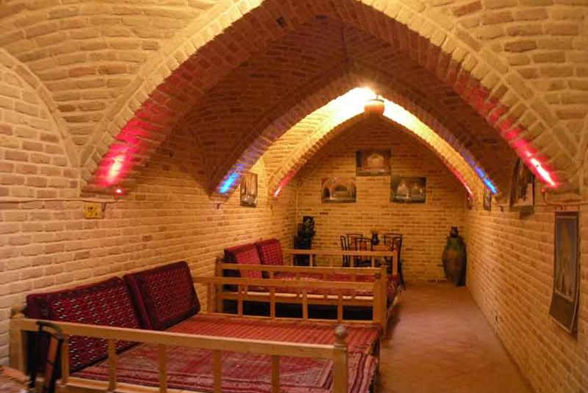 7940664c 0a72 4349 8a3a 5e75918952d6 - حمام تاریخی قلعه ، همدان | Hamadan