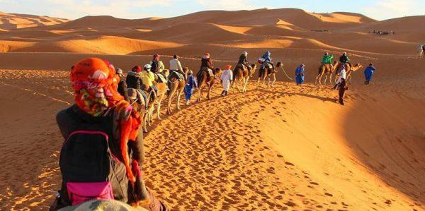 Mesr Desert Tour 2 600x299 - کویر مصر اصفهان ، از زیباترین کویرهای ایران | Mesr