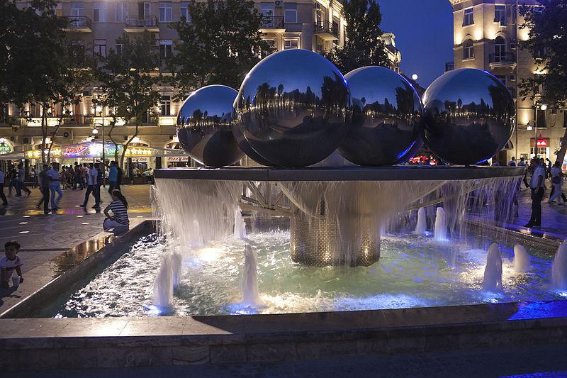 Fountain  Balls  night IMG 2194 - میدان فانتین باکو ، آذربایجان | Baku