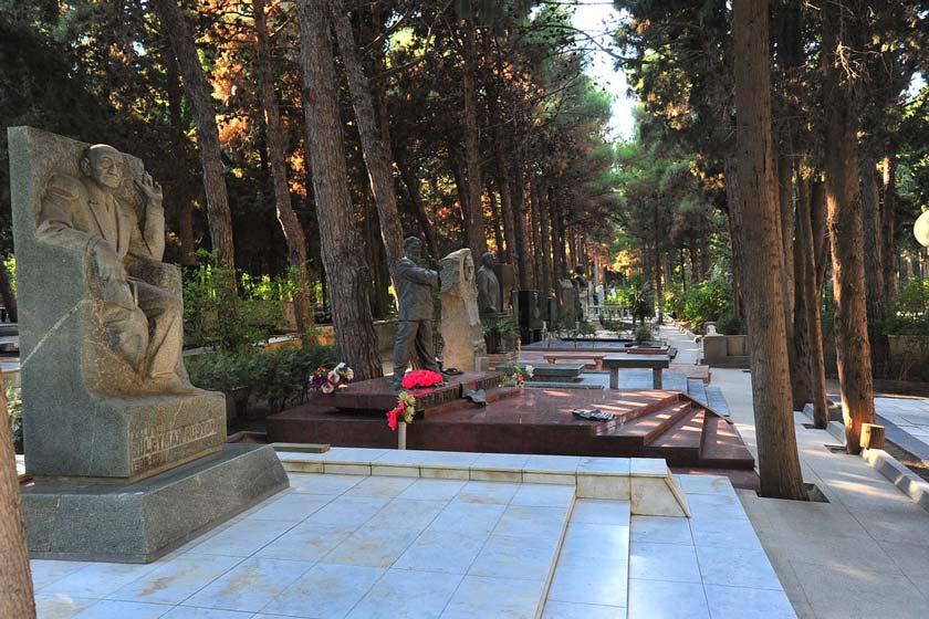 b8c23a32 4ae4 4ff6 aa60 2cc28bddbfa8 - پارک مفاخر باکو ، آذربایجان   Baku