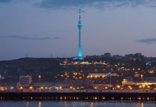 baku tv tower 0c1fafc7 1303 44fd bd5c b2874d57d4c resize 750 e1567873413158 320x220 - برج تلویزیون باکو ، آذربایجان | Baku