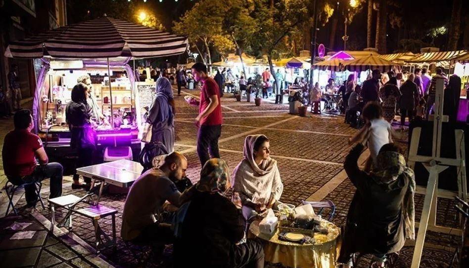 1 - خیابان سی تیر ، خیابانی جذاب در تهران | Tehran