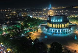 1399016822 6xik3 gzqi0 320x220 - میدان آزادی ایروان ، ارمنستان | Yerevan