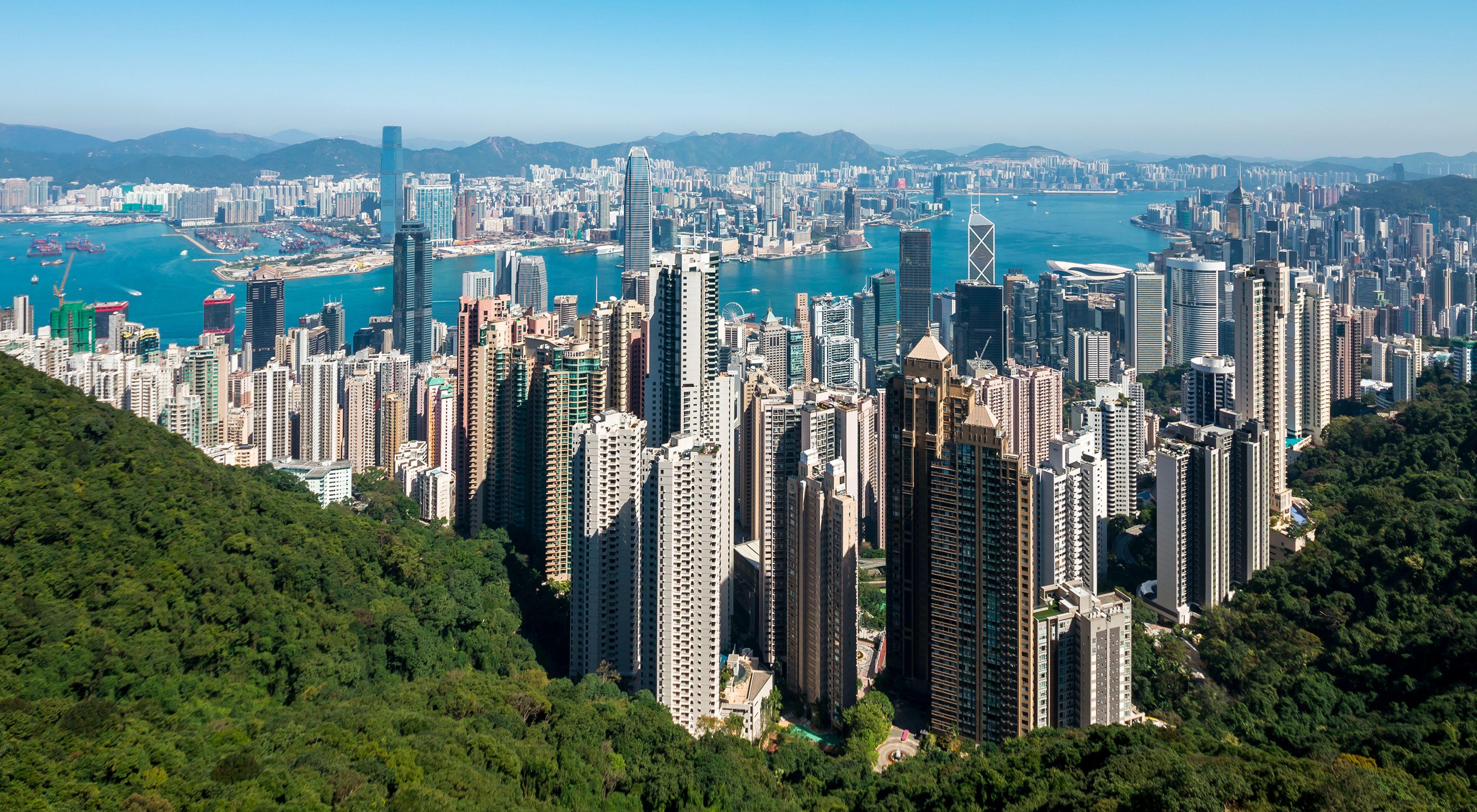 HongKongSkyline - بهترین شهرهای توریستی دنیا کدامند ؟