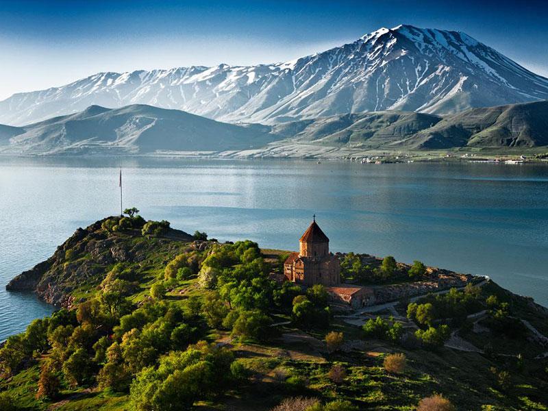 L HDp6rm - دریاچه سوان ایروان ، دریاچه ای زیبا در ارمنستان | Yerevan