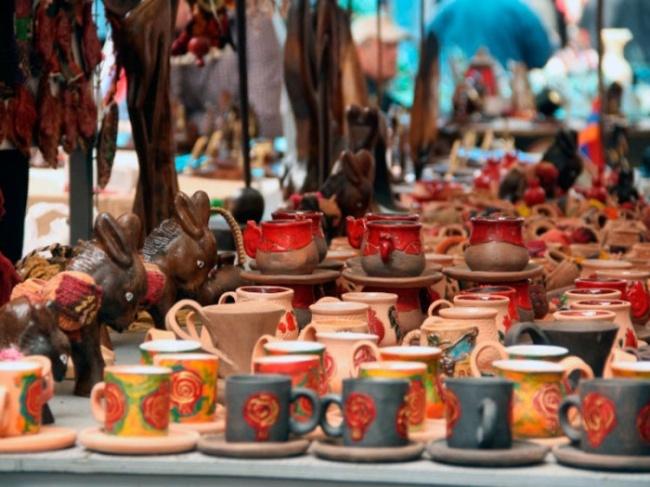 borobe 15069202991420551375 - بازار ورنیساژ ایروان ، ارمنستان | Yerevan