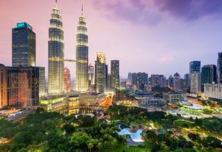 df40a3b2 c21b 4c34 99a2 610044079647 840x560 320x220 - اطلاعات ضروری برای سفر به کوالالامپور ، مالزی | Kuala Lumpur