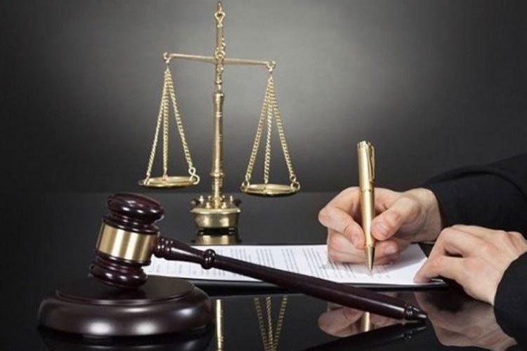 حضور یک وکیل در دعاوی