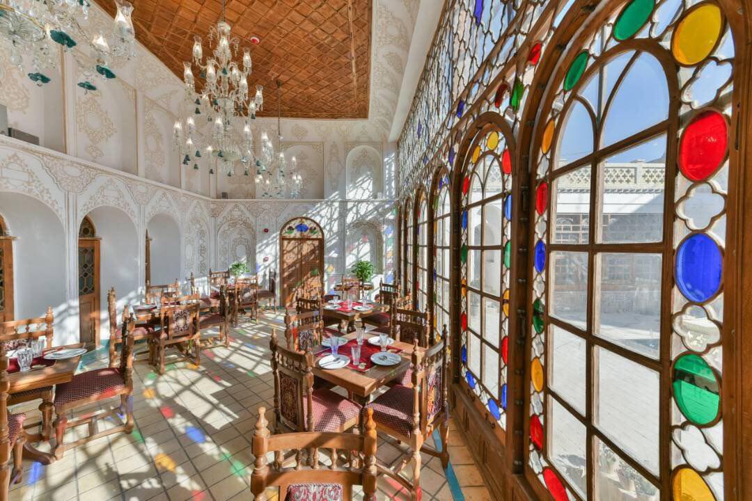 هتل قصر منشی