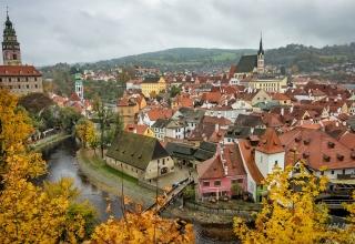 prague 100 320x220 - بهترین شهرهای اروپا برای سفر در پاییز (قسمت ۲) | Europe
