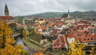 prague 100 384x220 - بهترین شهرهای اروپا برای سفر در پاییز (قسمت ۲) | Europe