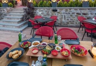 i3SxyXFAExL3bSIcNxyXrnDpFWIZ0Q58tDtItVp1 2 e1577610892161 320x220 - بهترین رستوران های قونیه ، ترکیه | Konya