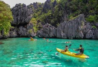 small lagoon el nido 320x220 - بهترین مناطق دیدنی فیلیپین (قسمت ۲) | Philippines